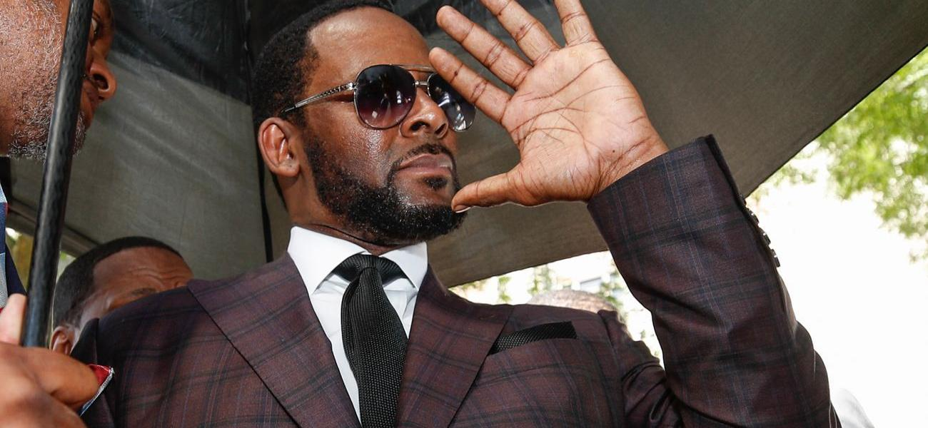 R. Kelly's Ex-Girlfriend Azriel Clary Apologizes To Her Family, While Singer Cries Over Prison Treatment