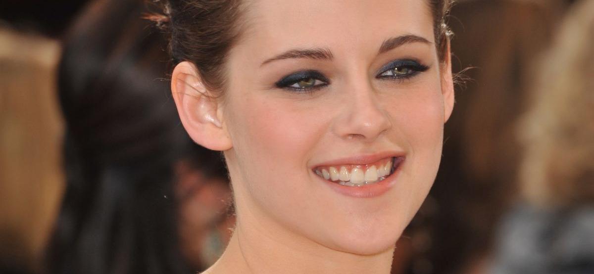 Kristen Stewart's Look As Princess Diana Leaves Instagram Agape