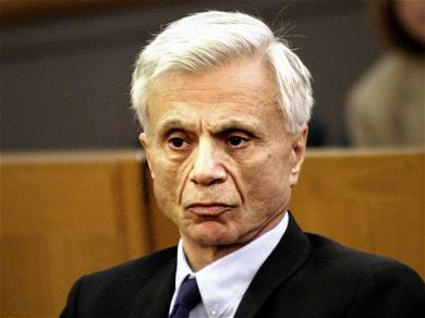 Robert Blake Shoots Down Estranged Wife's Ability to Collect Support