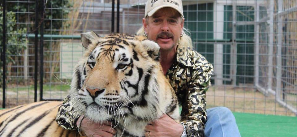 'Tiger King' Star Joe Exotic Says He Can't Watch Netflix Series in Jail