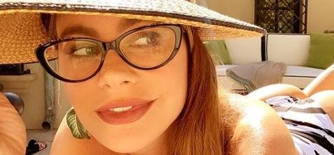 Sofia Vergara Kills 'Em In Bikini With Diamonds Surprise