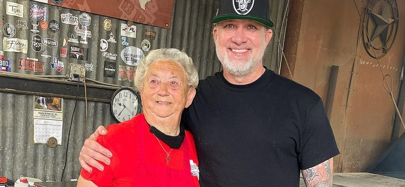 'Monster Garage' Jesse James Hangs With Texas BBQ PitMaster