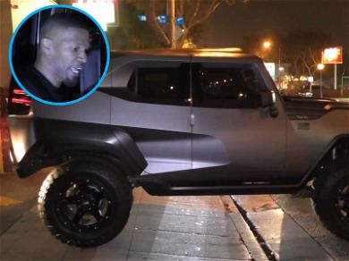 Jamie Foxx Gets Tanked in Hollywood