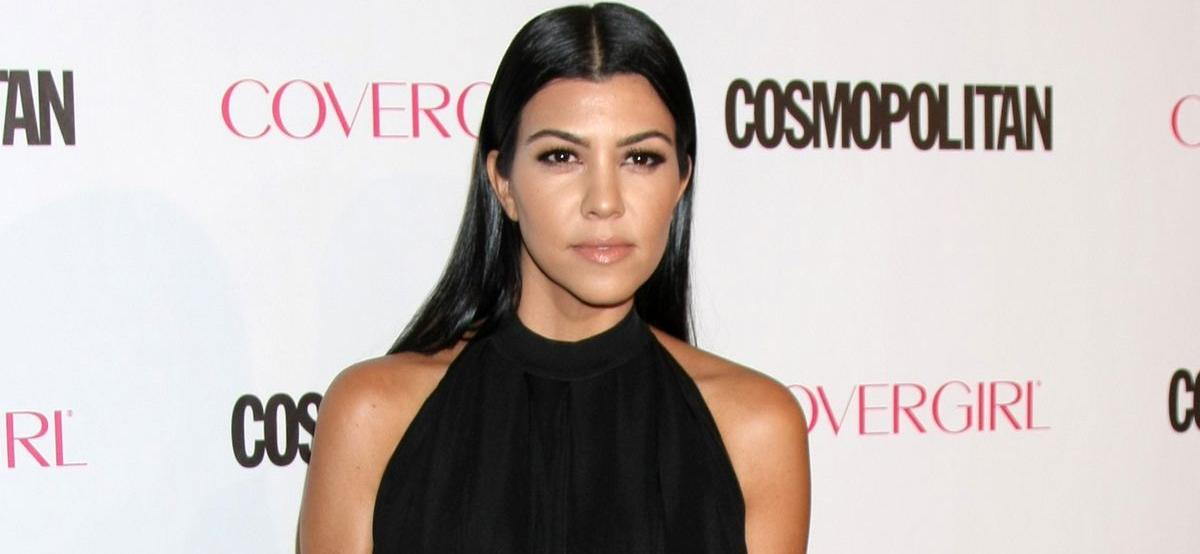 Kourtney Kardashian Shows Off Massive Closet In Perfect Mom Jeans Outfit