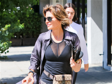 'RHOBH' Star Lisa Rinna Shows Off Her Body For A Good Cause