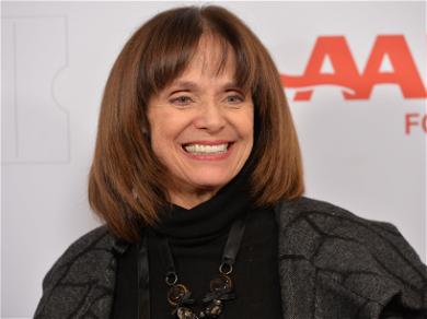 'Mary Tyler Moore' Star Valerie Harper Dies At the Age of 80