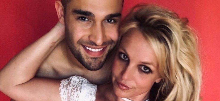 Britney Spears' Boyfriend Sam Asghari 'Officially Supporting' #FREEBRITNEY Movement