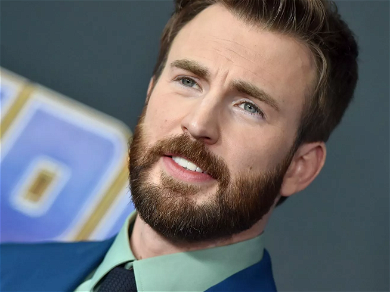 Chris Evans Reportedly Accidentally Shared A Nude Photo And Social Media Is Going Nuts!!
