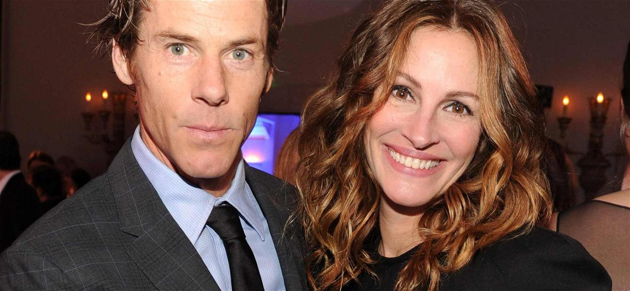 Julia Roberts Uses Her Husband's Face for Her Cell Phone Wallpaper