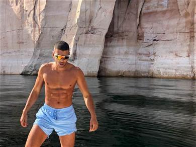 Kourtney Kardashian Vacationing in Italy