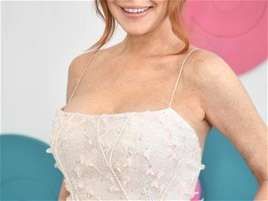 Lindsay Lohan Sells Personalized Videos for Fans, and She's Not the Only One