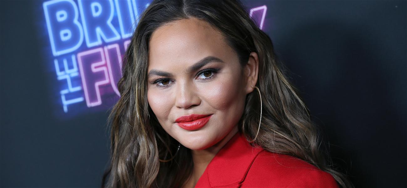 You Don't Want To Mess Around With this Supermodel: Chrissy Teigen Shuts Down a Hater