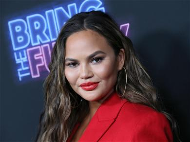 Chrissy Teigen Responds To The Trump Impeachment Inquiry In The Most Chrissy Teigen Way Possible