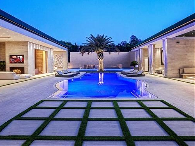Kylie Jenner Buys A STUNNING $43 Million Mansion In Hollywood Hills — See The Photos!!
