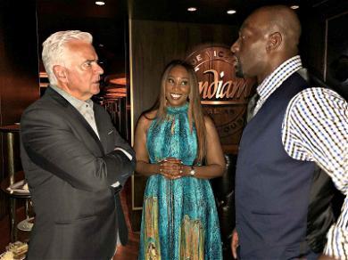 WWE Superstar Titus O'Neil Talks Shop with 'Seinfeld' Star in Las Vegas