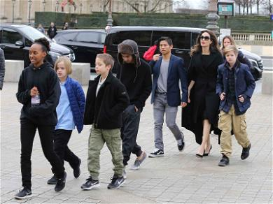 Angelina Jolie and Kids Take In Some Louvre-ly Parisian Culture
