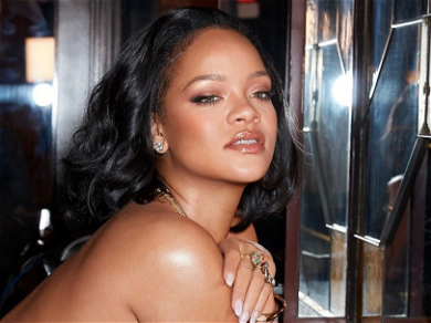 Rihanna Has Instagram 'Obsessed' With Pantless Lingerie Snaps!