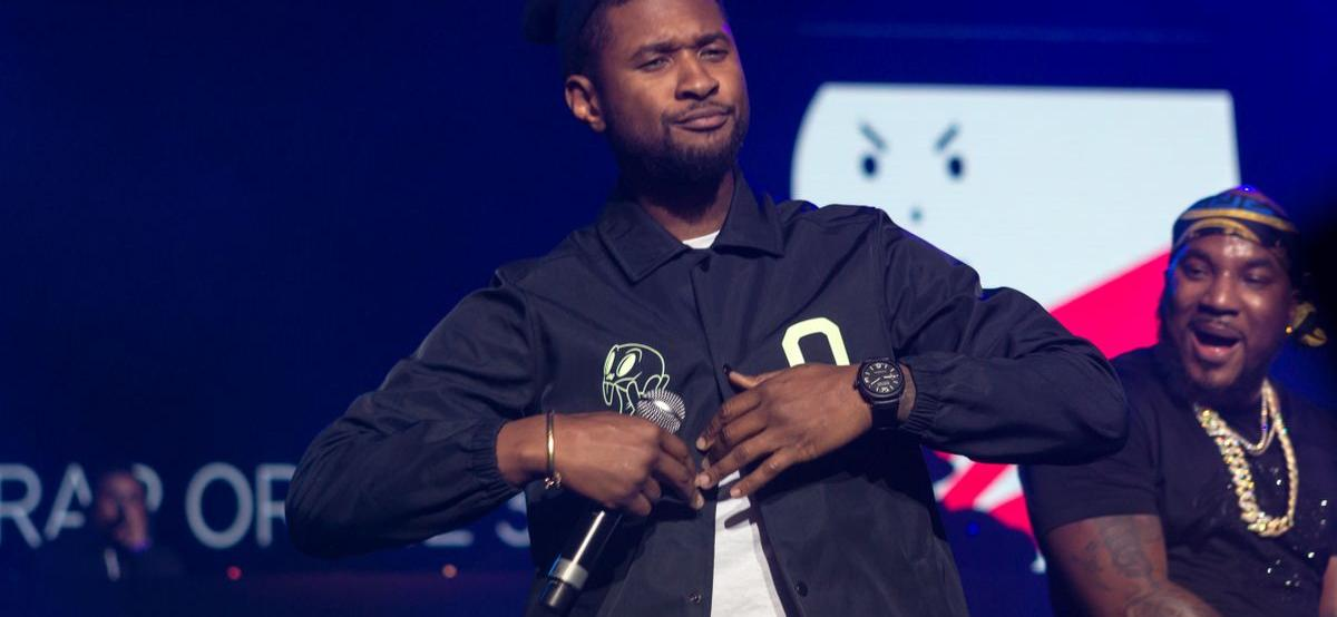 'The Voice' Alum Usher Accused Of Spending Fake Bills At A Club