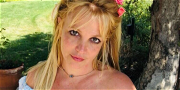 Britney Spears Flipping The Bird At Her Conservatorship?!