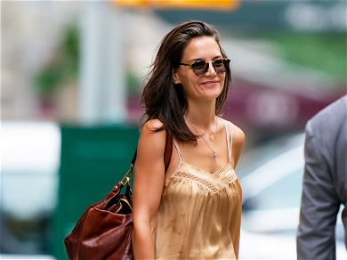 Katie Holmes Appears Unbothered After Jamie Foxx Is Seen With Model
