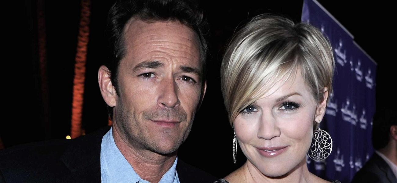 Jennie Garth Lashes Out at Fans Who Attacked Her Over Luke Perry Tribute