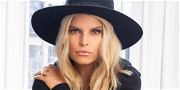 Jessica Simpson Pantless In Fur Coat For 100-Pound Weight Drop