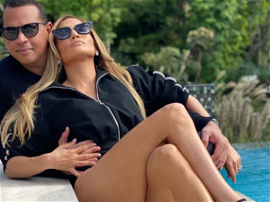 A-Rod Trolled By Baseball Buddies For Not Being Able To Keep Up With J Lo