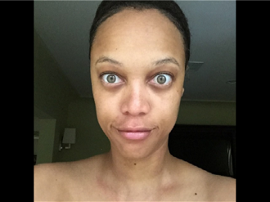 Tyra Banks Unrecognizable Grabbing Groceries In Spandex Before 'DWTS'