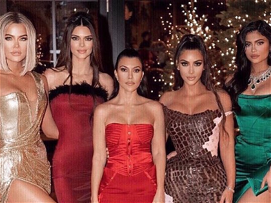 Instagram Loses It As Elon Musk Pops Up In The Kardashians' Xmas Photos