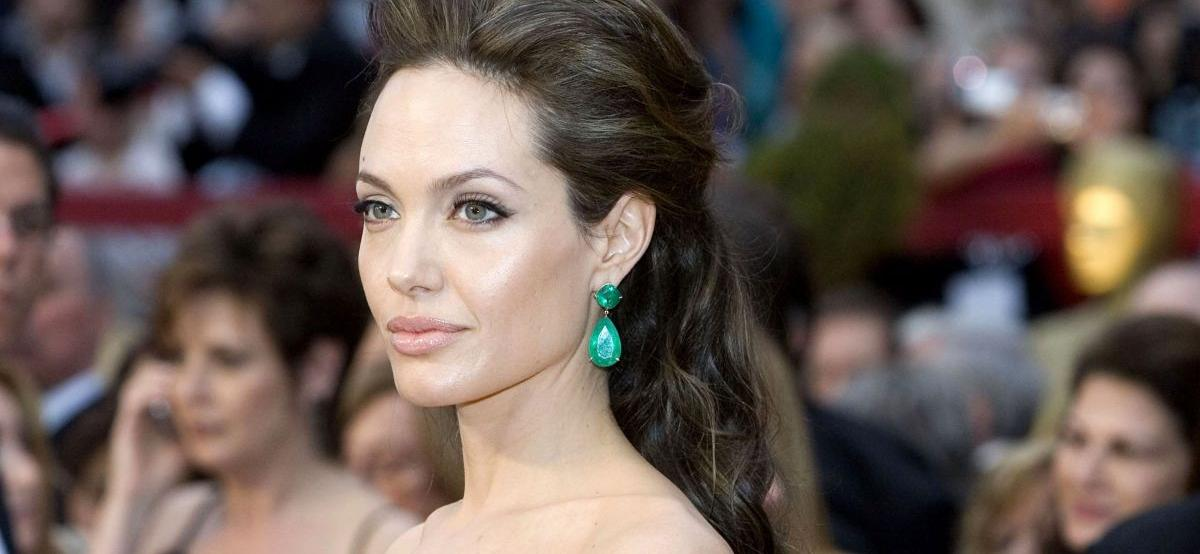 Angelina JolieSparks Reunion Rumors With Ex Jonny Lee Miller