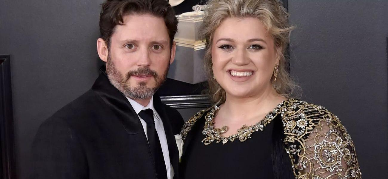 Kelly Clarkson's Estranged Husband Demands $426,000 A Month In Support
