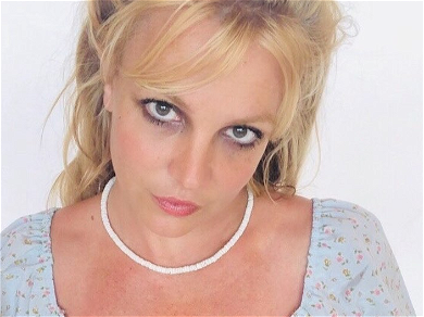 Britney Spears Sparks Concern In New Home Video, #FreeBritney Asking For A Sign She Is OK!