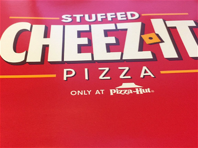 Here's What the Pizza Hut Stuffed Cheez-It Pizza Actually Looks Like