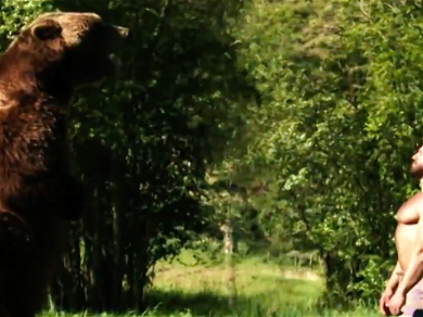 Meet the Amazing Bears from Discovery's 'Man Vs Bear'