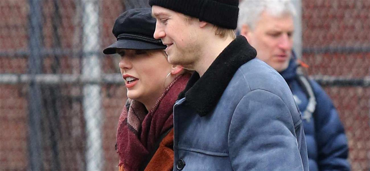 Taylor Swift and Joe Alwyn Stroll Though NYC Hand-in-Hand