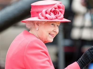 Queen Elizabeth Plans Royal ReturnAfter Spending 2020 In Isolation