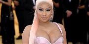 Nicki Minaj Suffers Wardrobe Malfunction Thanks to Fiancé & Rumored Husband