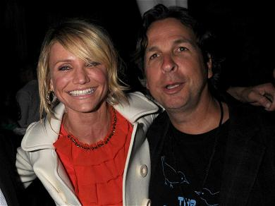 'Green Book' Director Peter Farrelly Apologizes for Flashing His Penis to Cameron Diaz