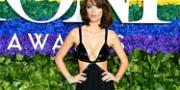 Emily Ratajkowski Posts 25 Bikini Pics – In One Go