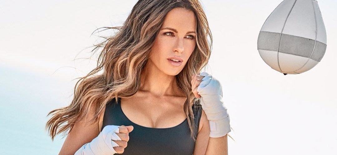Kate Beckinsale Is FIRE While Pantless 'Receiving' The World News