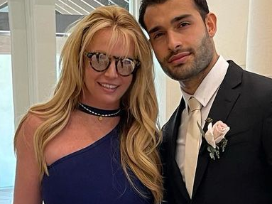 Britney Spears Melts Hearts With Leggy Wedding Attendace