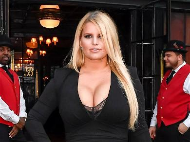 Jessica Simpson Shows Insane 100-Pound Weight Loss In Tight Leather & Fringe