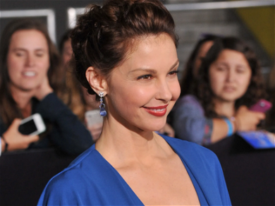 Ashley Judd Shares BRUTAL Photos & Video Of Her Horrific Legs Injuries!
