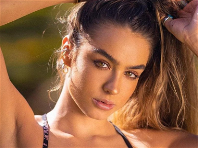 Sommer Ray Doesn't 'Want To Look Skinny' Flaunting Thick Booty In Lingerie