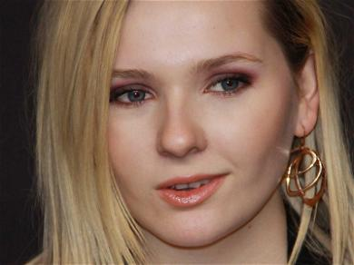 Abigail Breslin Forced to Cut One Last Big Check to Former Assistant