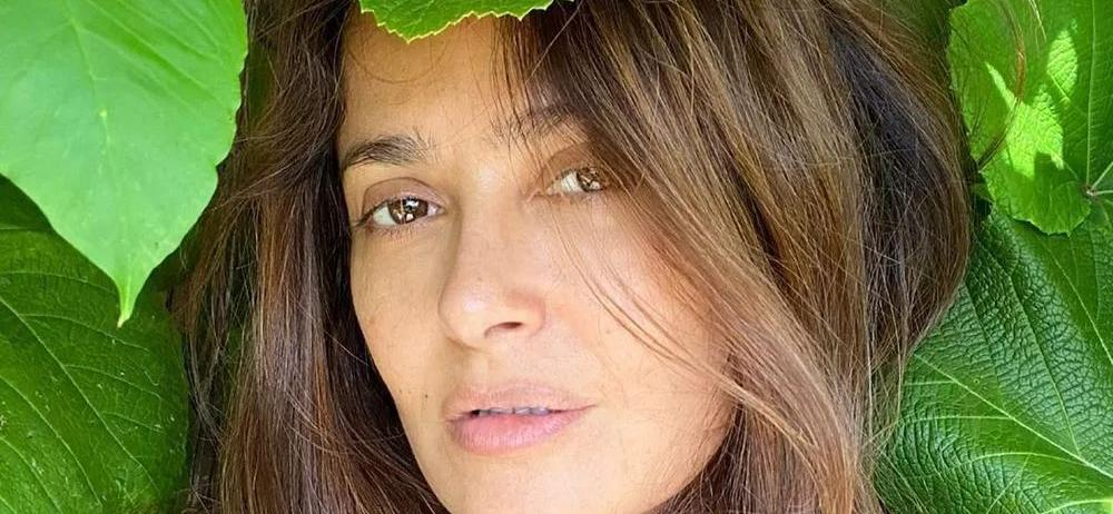 Salma Hayek Frames Herself In Plunging Swimsuit With Wet Hair