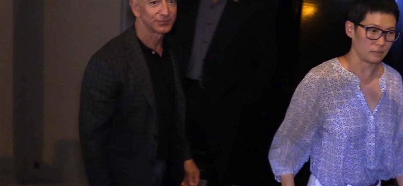 Amazon's Jeff Bezos Dines With the Stars After 'Blue Origin' Rocket Launch
