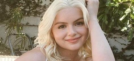 Ariel Winter Accidentally Works Out In Skintight Leggings With Bombshell Blonde Hair