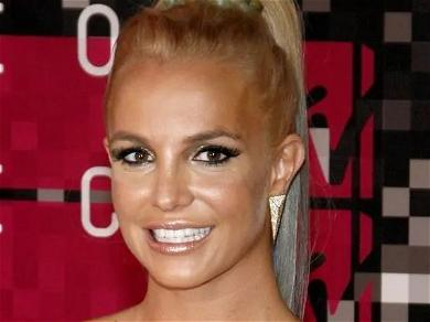 Britney Spears Spins Super Fast In Barefoot Home Dance Session