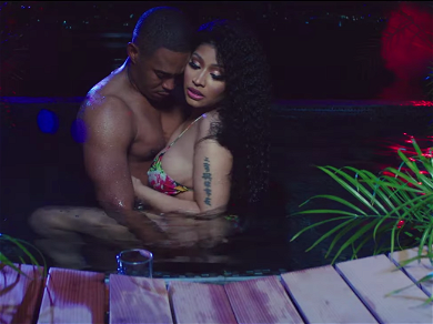 Nicki Minaj Grinds Up On Controversial BF in Steamy 'Megatron' Video